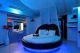 מיטה כחול