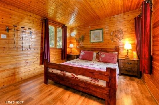 בקתת גפן חדר שינה