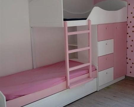אוהד בעשר עצבאות מיטה  נפתחת וארון מחובר