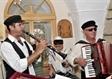 כליזמרים לבר מצווה בבית כנסת
