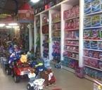 חנות צעצועים מישור אדומים